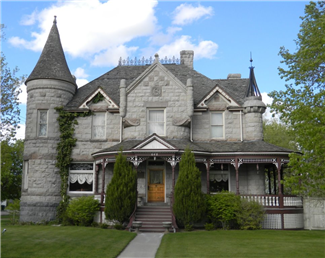 The standrod house pocatello idaho historic homes for Large victorian homes for sale